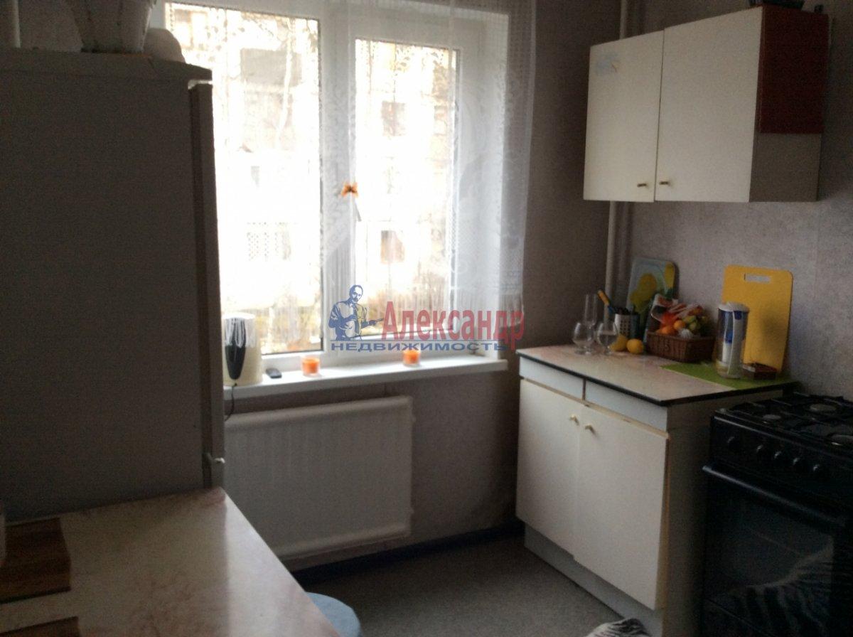 1-комнатная квартира (33м2) в аренду по адресу Северный пр., 73— фото 4 из 6