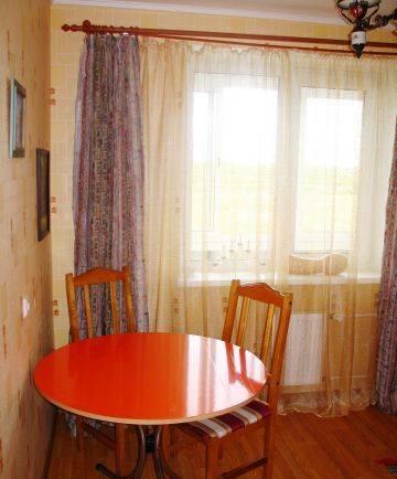 Комната в 3-комнатной квартире (45м2) в аренду по адресу Олеко Дундича ул., 8— фото 2 из 3