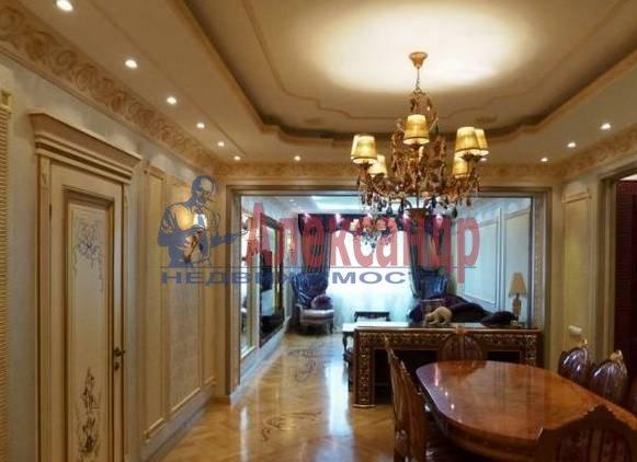 3-комнатная квартира (90м2) в аренду по адресу Невский пр., 98— фото 2 из 4