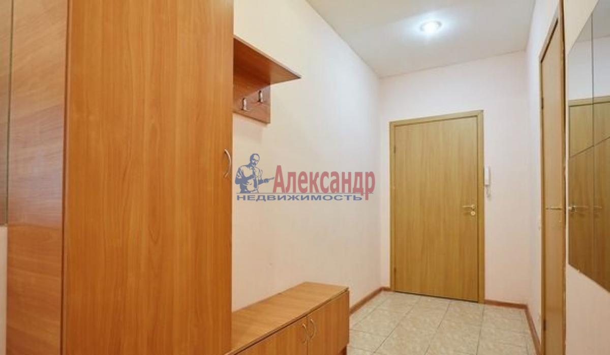 2-комнатная квартира (65м2) в аренду по адресу Канала Грибоедова наб., 2б— фото 1 из 9