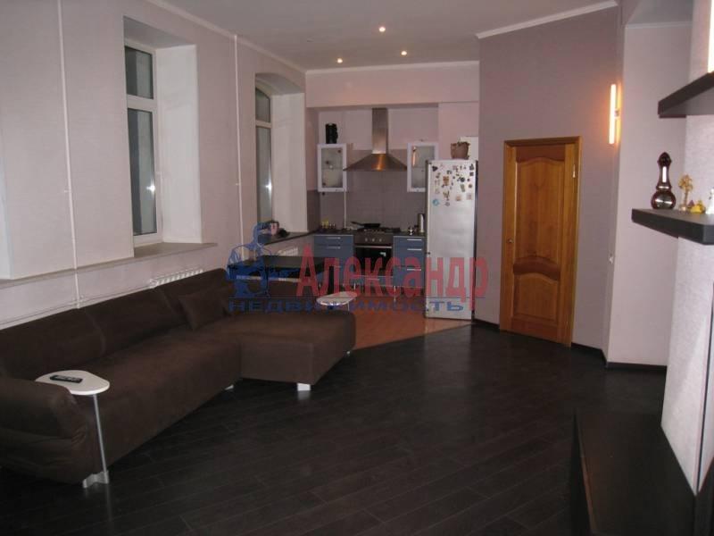 2-комнатная квартира (55м2) в аренду по адресу Лермонтовский пр., 1— фото 1 из 4