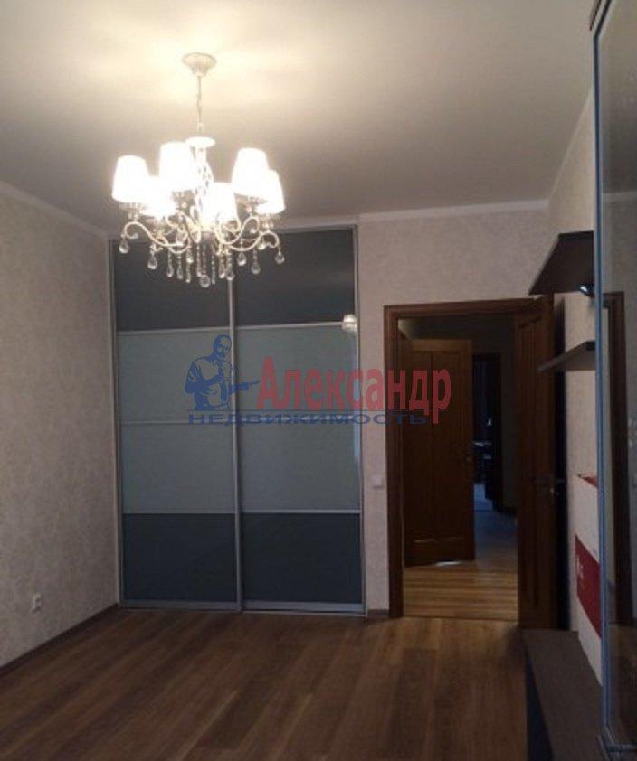 2-комнатная квартира (70м2) в аренду по адресу Просвещения пр., 15— фото 6 из 8