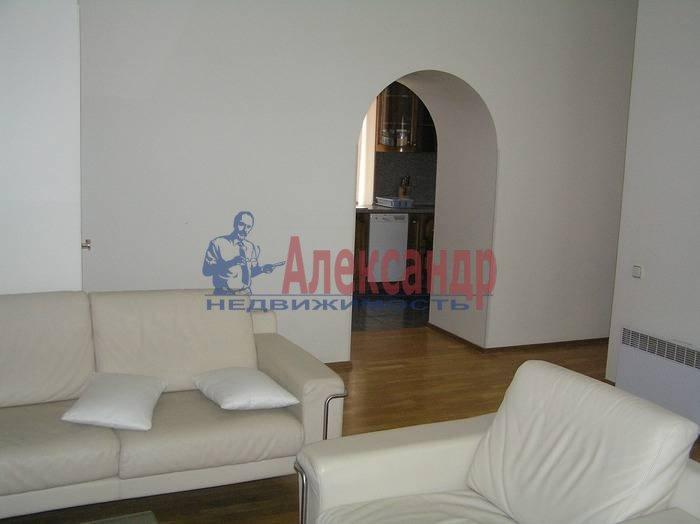 4-комнатная квартира (120м2) в аренду по адресу Конногвардейский бул., 6— фото 1 из 8