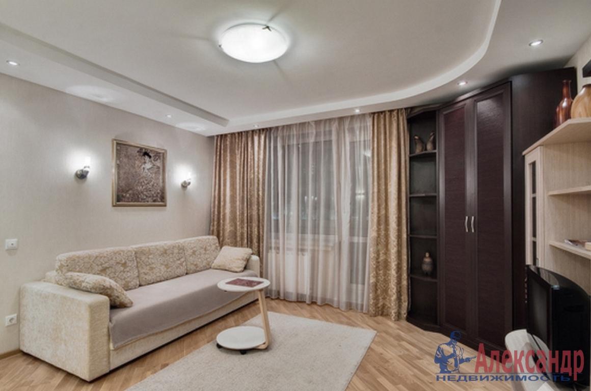 2-комнатная квартира (63м2) в аренду по адресу Шуваловский пр., 37— фото 1 из 3