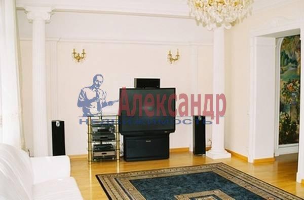 3-комнатная квартира (170м2) в аренду по адресу Просвещения пр., 14— фото 3 из 5