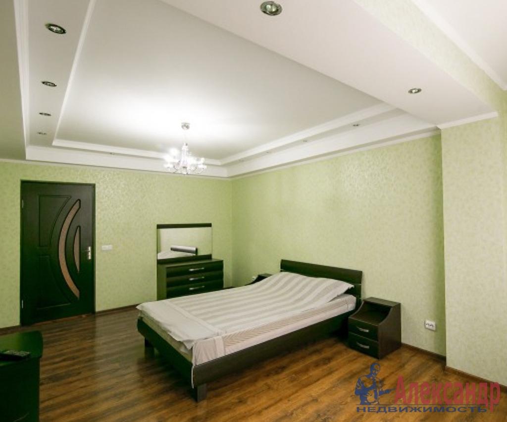 3-комнатная квартира (85м2) в аренду по адресу Рубинштейна ул., 15— фото 1 из 3