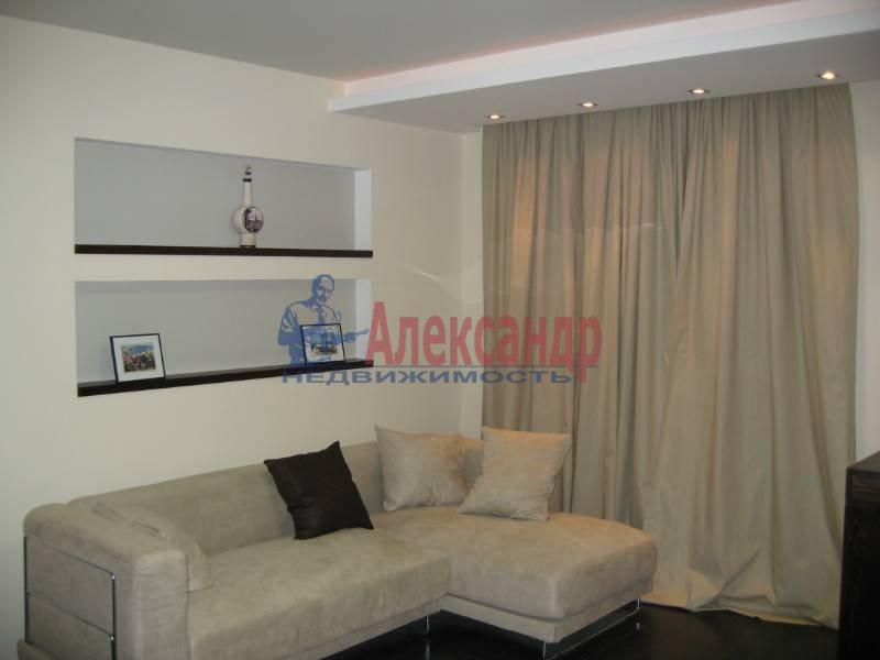 3-комнатная квартира (90м2) в аренду по адресу Бассейная ул., 73— фото 2 из 13