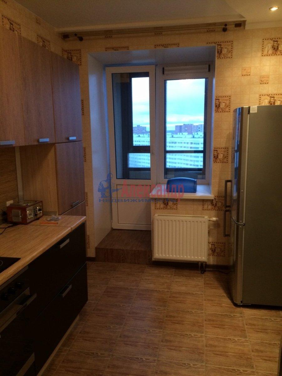 1-комнатная квартира (43м2) в аренду по адресу Турку ул., 11— фото 2 из 8