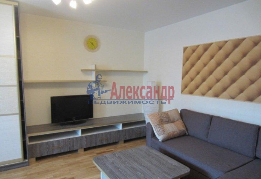 1-комнатная квартира (45м2) в аренду по адресу Белы Куна ул., 1— фото 2 из 4