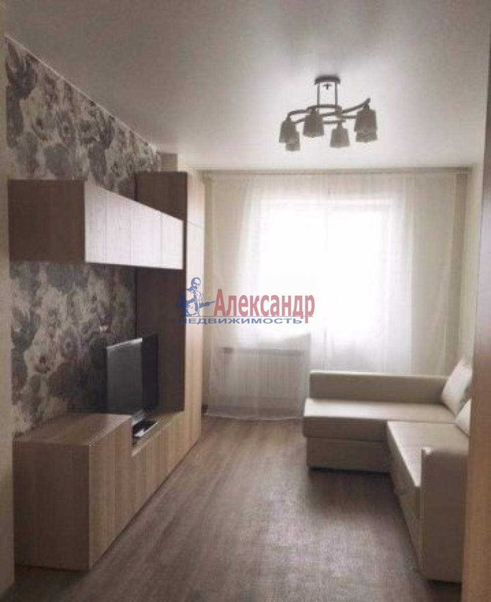 1-комнатная квартира (38м2) в аренду по адресу Варшавская ул., 96— фото 2 из 5