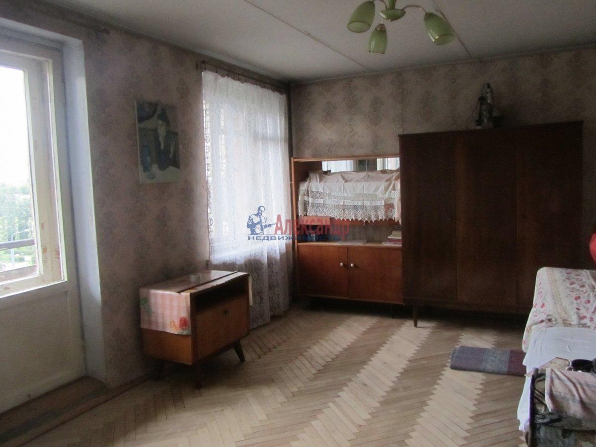 1-комнатная квартира (40м2) в аренду по адресу Аптекарский пр., 10— фото 1 из 4
