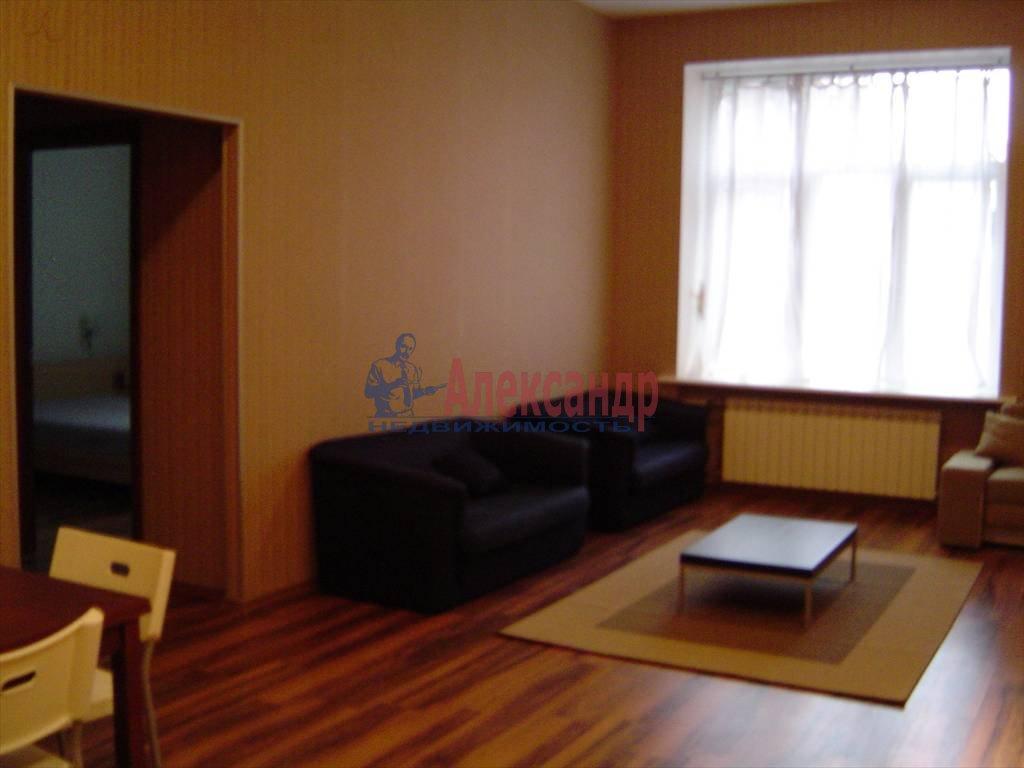 2-комнатная квартира (65м2) в аренду по адресу Невский пр., 88— фото 7 из 9