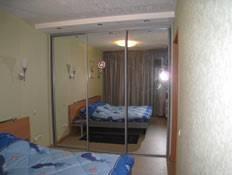 2-комнатная квартира (58м2) в аренду по адресу Космонавтов просп., 37— фото 1 из 3