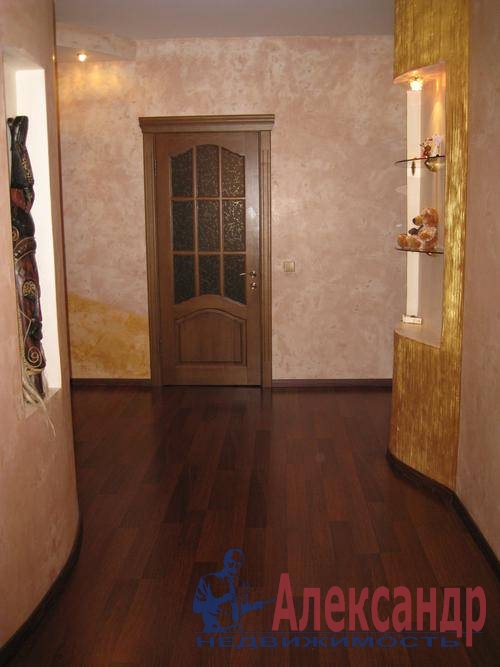 2-комнатная квартира (63м2) в аренду по адресу Фрунзе ул., 5— фото 4 из 8