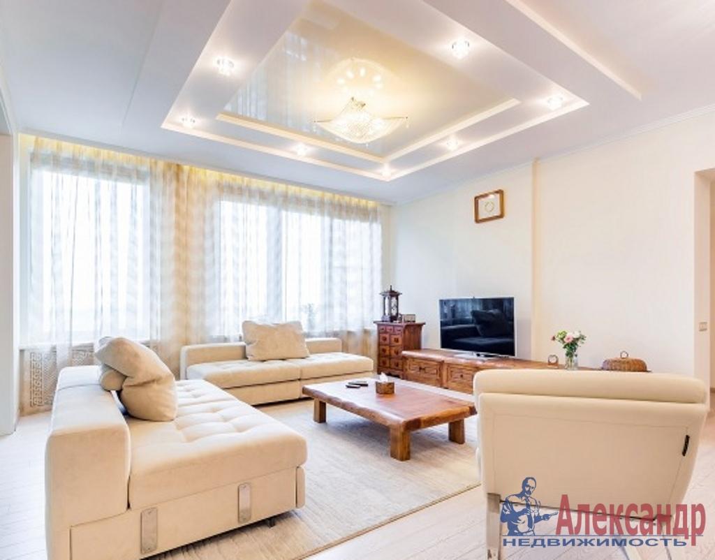 3-комнатная квартира (137м2) в аренду по адресу Рюхина ул., 12— фото 1 из 6