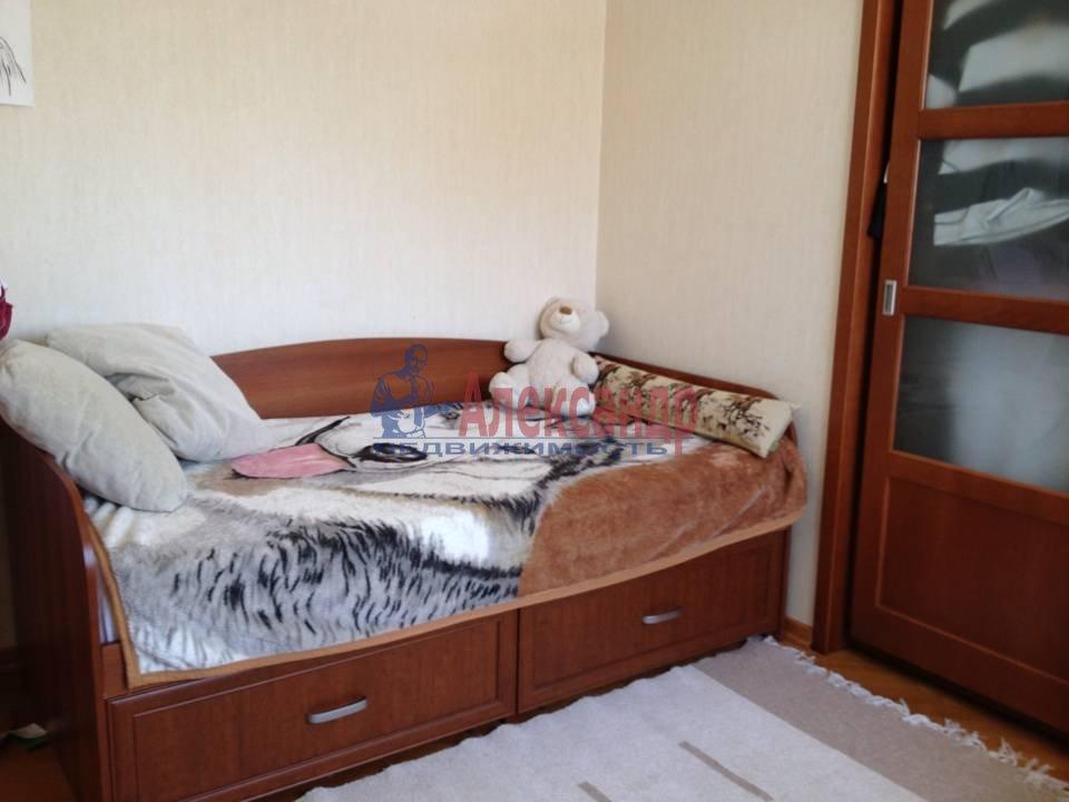 2-комнатная квартира (51м2) в аренду по адресу Васи Алексеева ул., 14— фото 7 из 9
