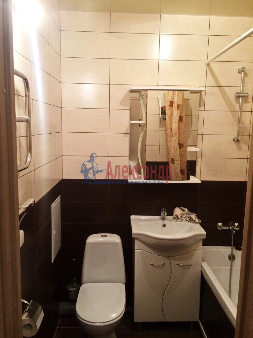 1-комнатная квартира (40м2) в аренду по адресу Дунайский пр., 23— фото 5 из 6