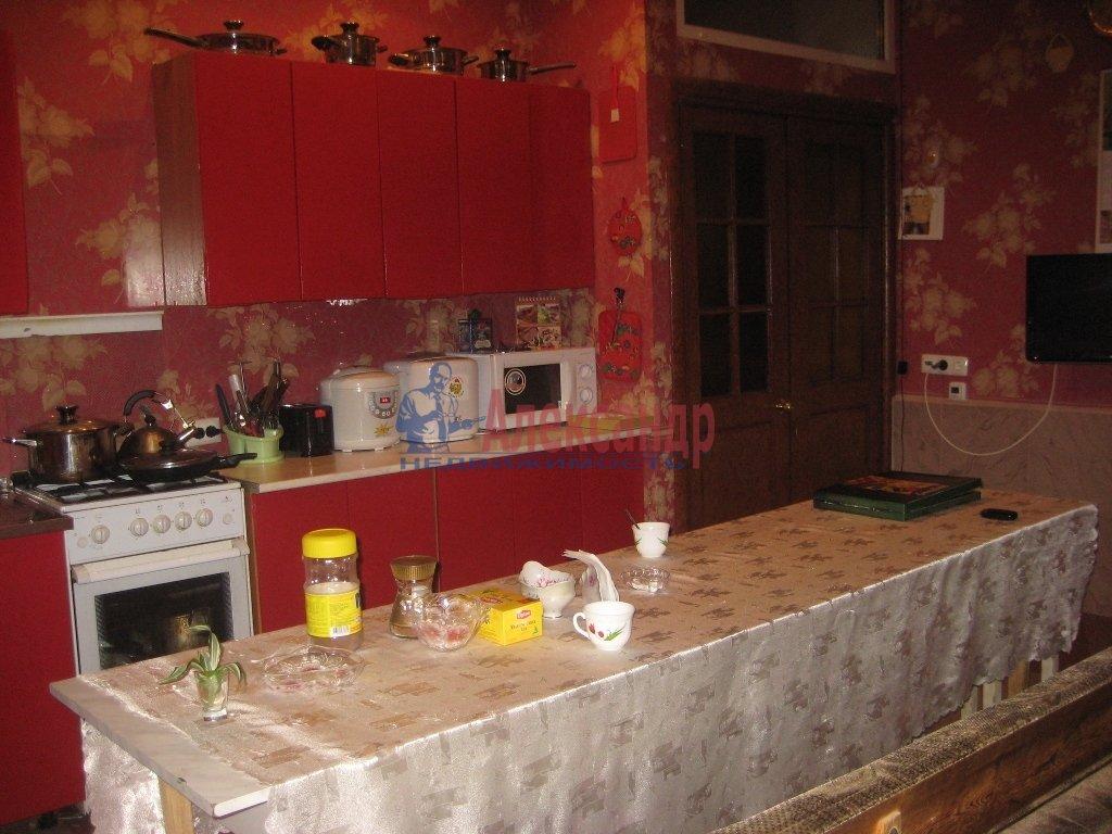 Комната в 4-комнатной квартире (114м2) в аренду по адресу Константина Заслонова ул., 25— фото 2 из 4