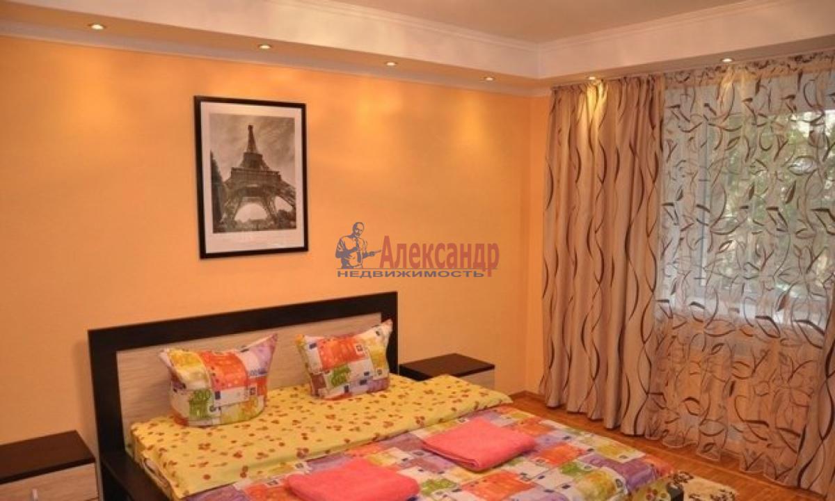 1-комнатная квартира (37м2) в аренду по адресу Варшавская ул.— фото 1 из 4