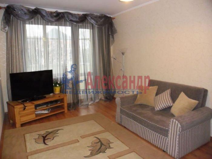 1-комнатная квартира (36м2) в аренду по адресу Просвещения просп., 84— фото 3 из 3