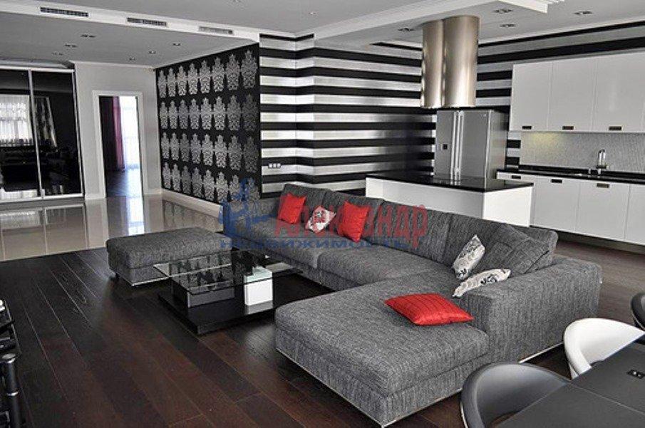 3-комнатная квартира (126м2) в аренду по адресу Средний В.О. пр., 85— фото 1 из 11