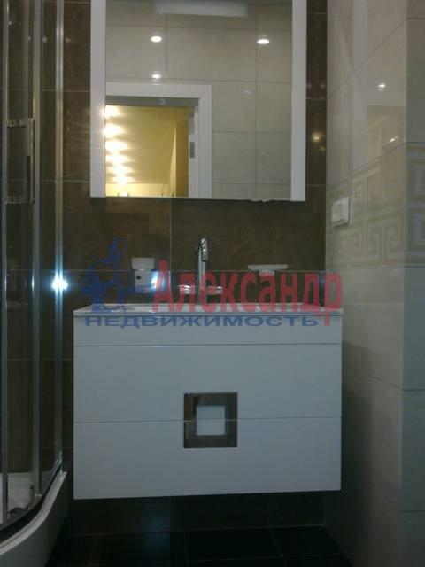 2-комнатная квартира (69м2) в аренду по адресу Российский пр., 8— фото 13 из 16