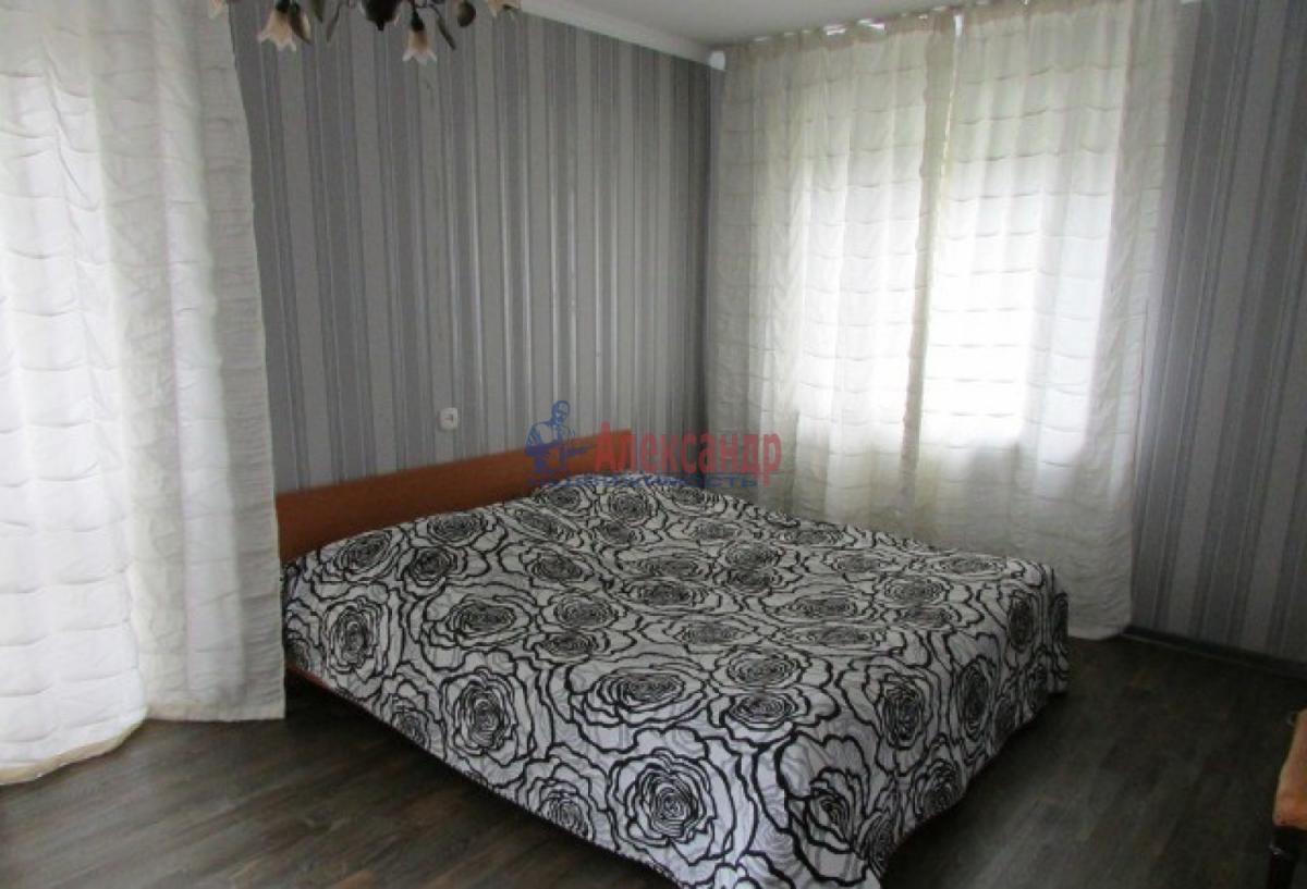 1-комнатная квартира (38м2) в аренду по адресу Солдата Корзуна ул., 58— фото 3 из 7
