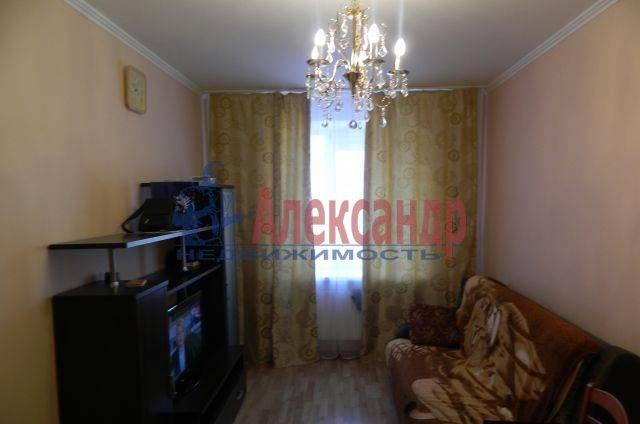 2-комнатная квартира (52м2) в аренду по адресу Учительская ул., 18— фото 2 из 4