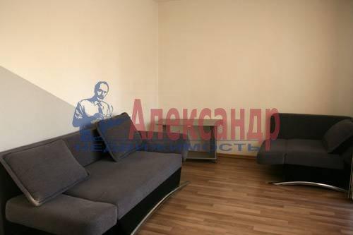 2-комнатная квартира (58м2) в аренду по адресу Орджоникидзе ул., 53— фото 1 из 6