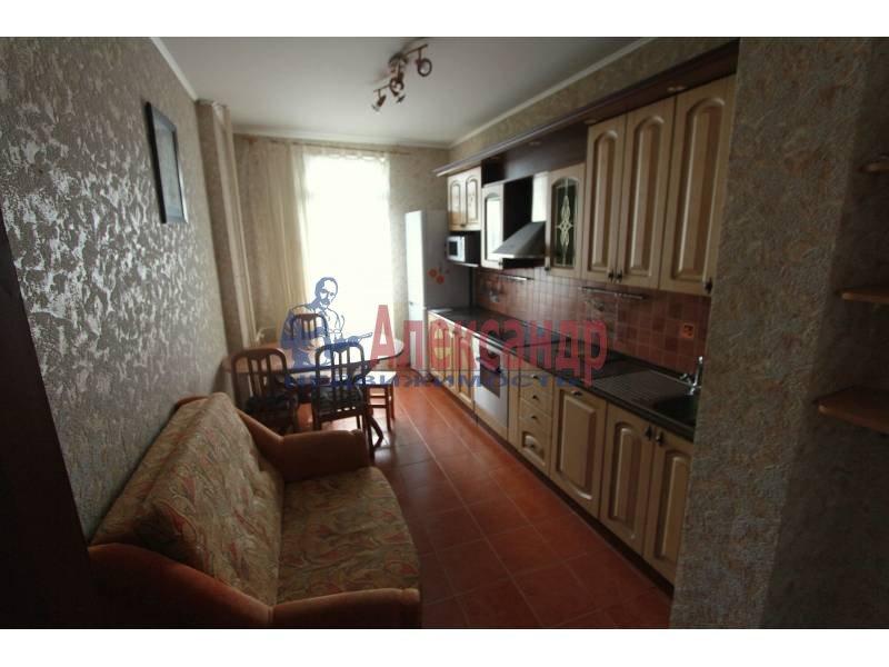 1-комнатная квартира (45м2) в аренду по адресу Матроса Железняка ул., 57— фото 2 из 5