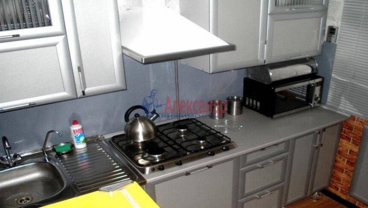 1-комнатная квартира (37м2) в аренду по адресу 1 Муринский пр., 15— фото 2 из 2
