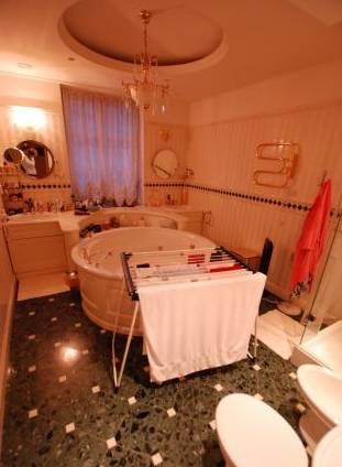 3-комнатная квартира (110м2) в аренду по адресу Шпалерная ул., 34— фото 4 из 5