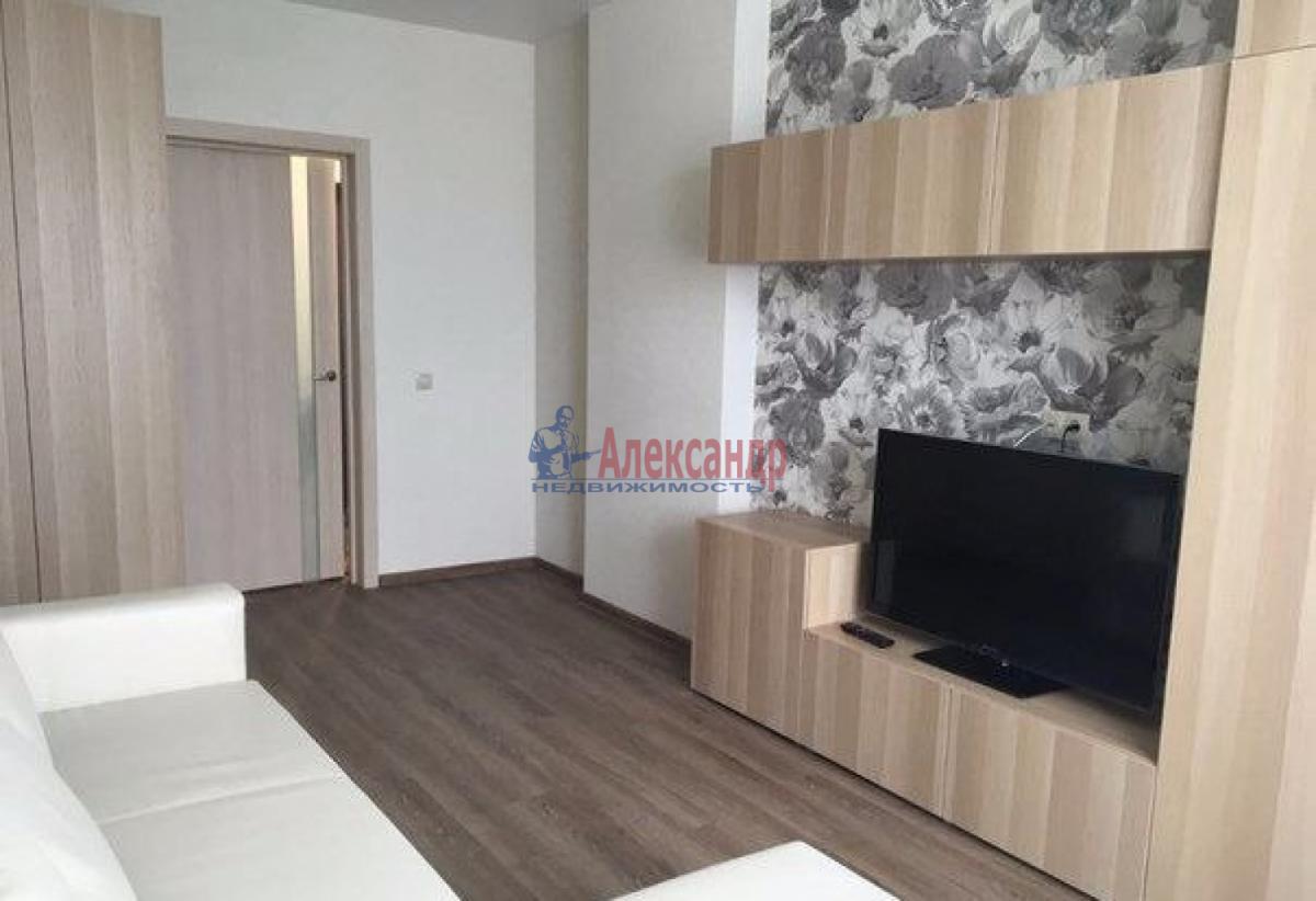 1-комнатная квартира (38м2) в аренду по адресу Варшавская ул., 96— фото 1 из 5