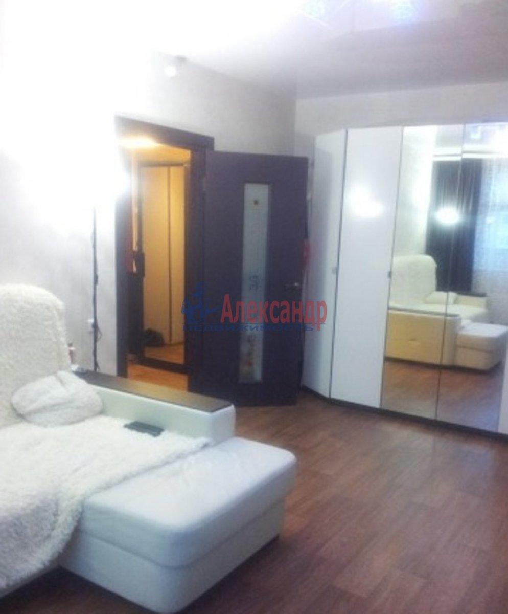 1-комнатная квартира (45м2) в аренду по адресу Народная ул., 5— фото 1 из 3