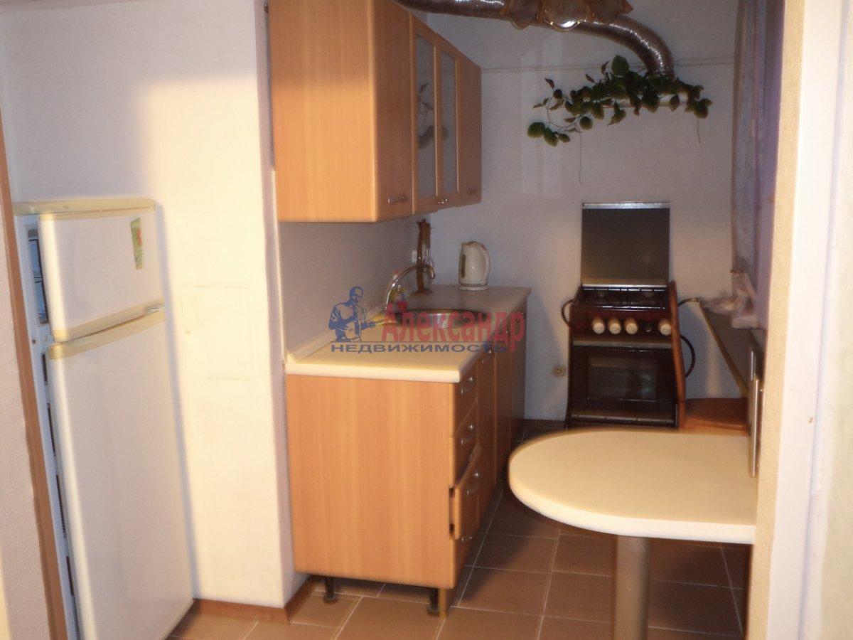 3-комнатная квартира (65м2) в аренду по адресу Белы Куна ул., 6— фото 7 из 11