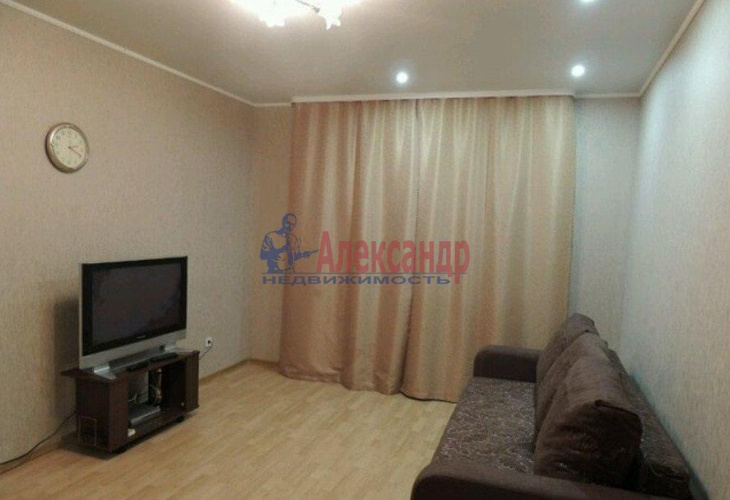 1-комнатная квартира (33м2) в аренду по адресу Караваевская ул., 28— фото 1 из 3
