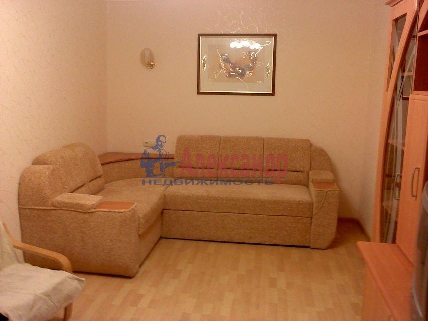 1-комнатная квартира (31м2) в аренду по адресу Руднева ул., 5— фото 1 из 3