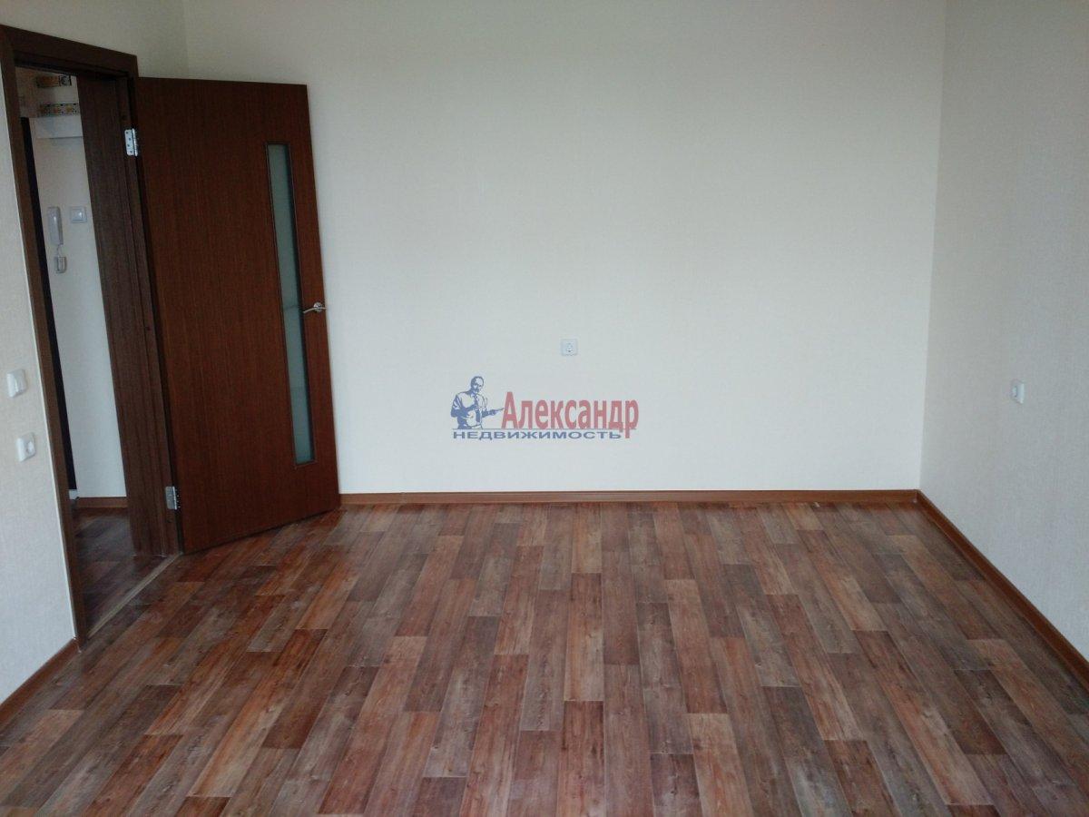 1-комнатная квартира (36м2) в аренду по адресу Маршала Казакова ул., 78— фото 7 из 8