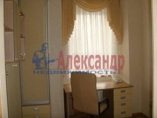 2-комнатная квартира (70м2) в аренду по адресу Мытнинская ул., 2— фото 6 из 12