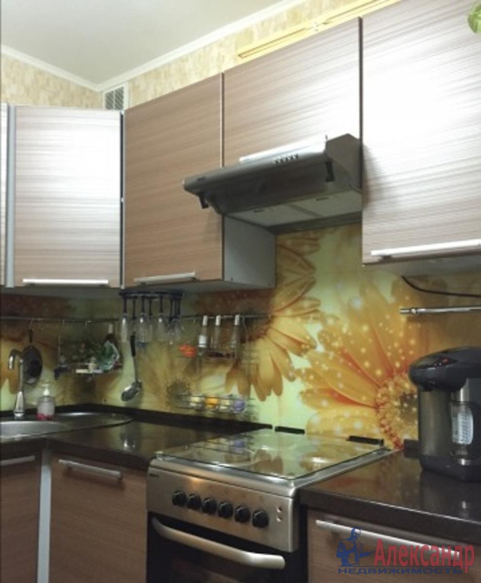 2-комнатная квартира (60м2) в аренду по адресу Турку ул., 26— фото 2 из 3