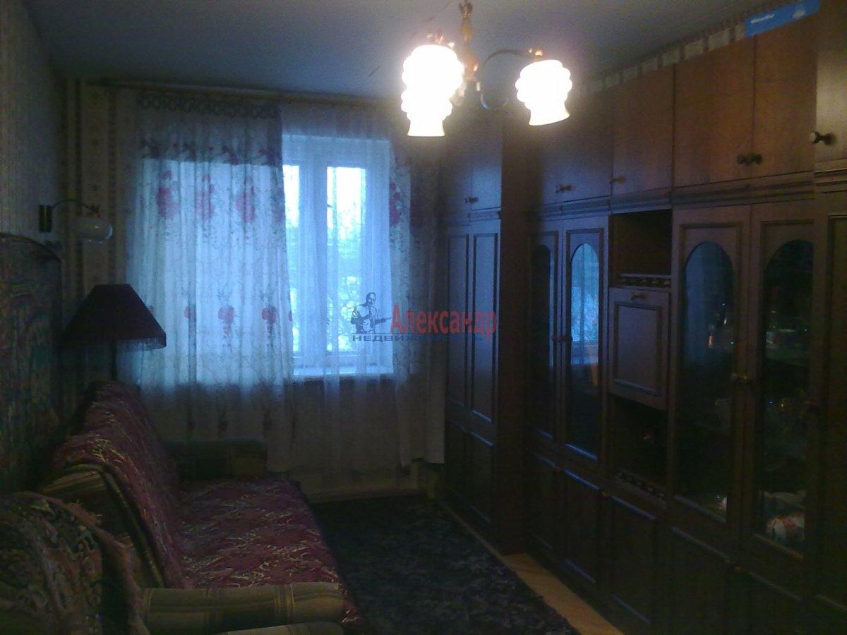 1-комнатная квартира (35м2) в аренду по адресу Малая Каштановая алл., 9— фото 1 из 2