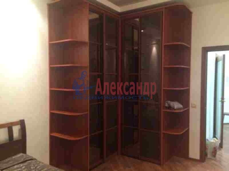 2-комнатная квартира (90м2) в аренду по адресу Петровский пр., 14— фото 10 из 11