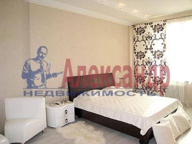 2-комнатная квартира (72м2) в аренду по адресу Юрия Гагарина просп., 77— фото 1 из 4
