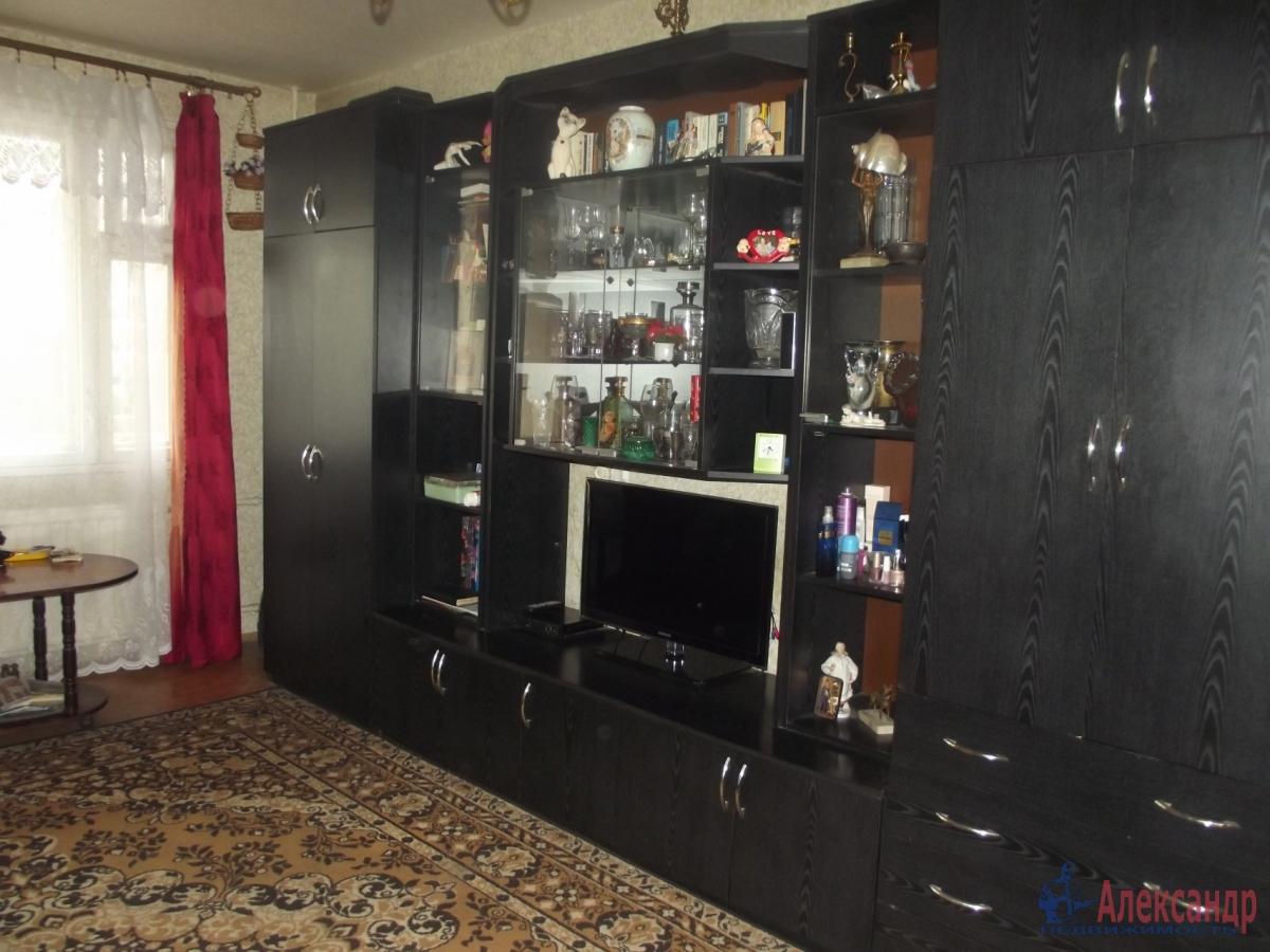 1-комнатная квартира (36м2) в аренду по адресу Обуховской Обороны пр., 88— фото 2 из 3