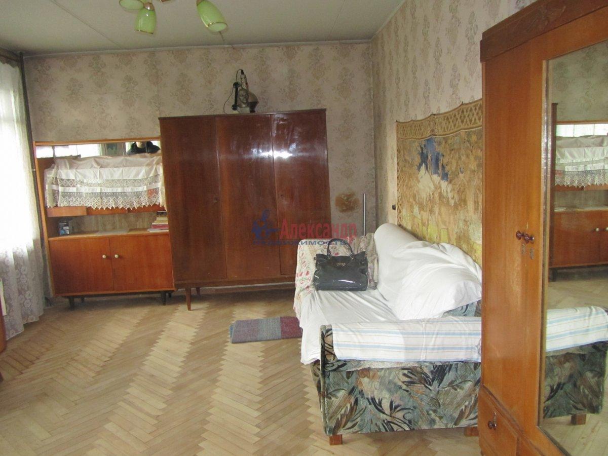 1-комнатная квартира (40м2) в аренду по адресу Аптекарский пр., 10— фото 3 из 4
