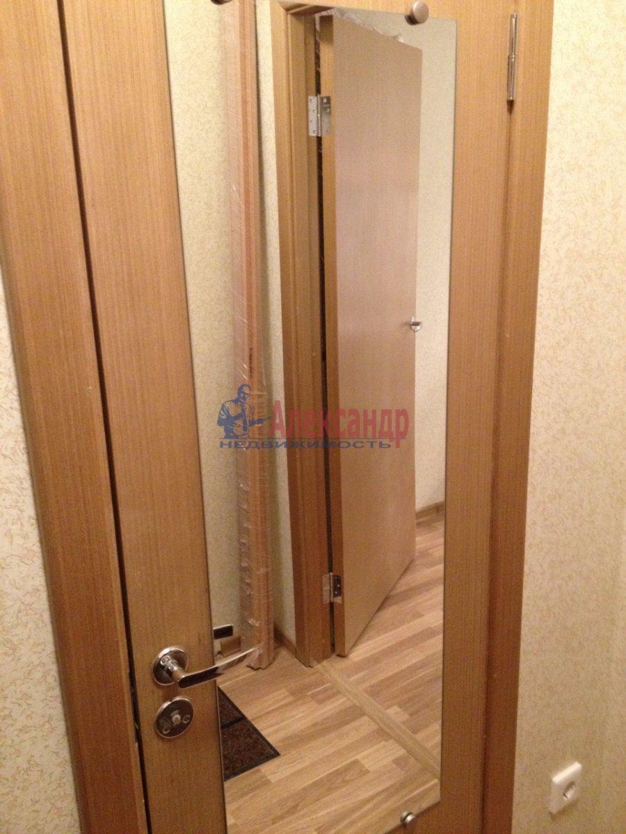 1-комнатная квартира (34м2) в аренду по адресу Мурино пос., Привокзальная пл., 1А— фото 13 из 13