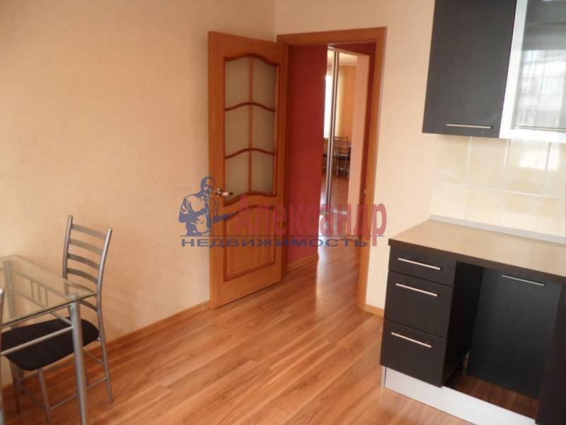 1-комнатная квартира (41м2) в аренду по адресу Новаторов бул., 11— фото 11 из 13