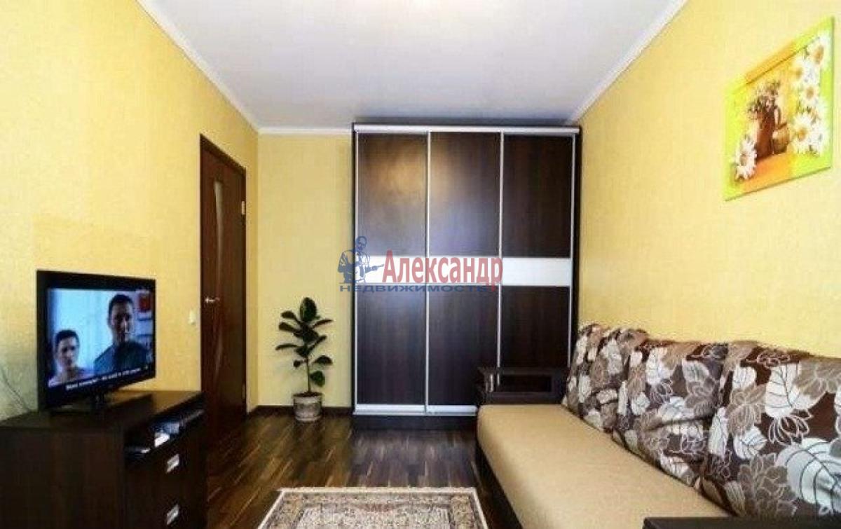 1-комнатная квартира (33м2) в аренду по адресу Стойкости ул., 23— фото 2 из 3