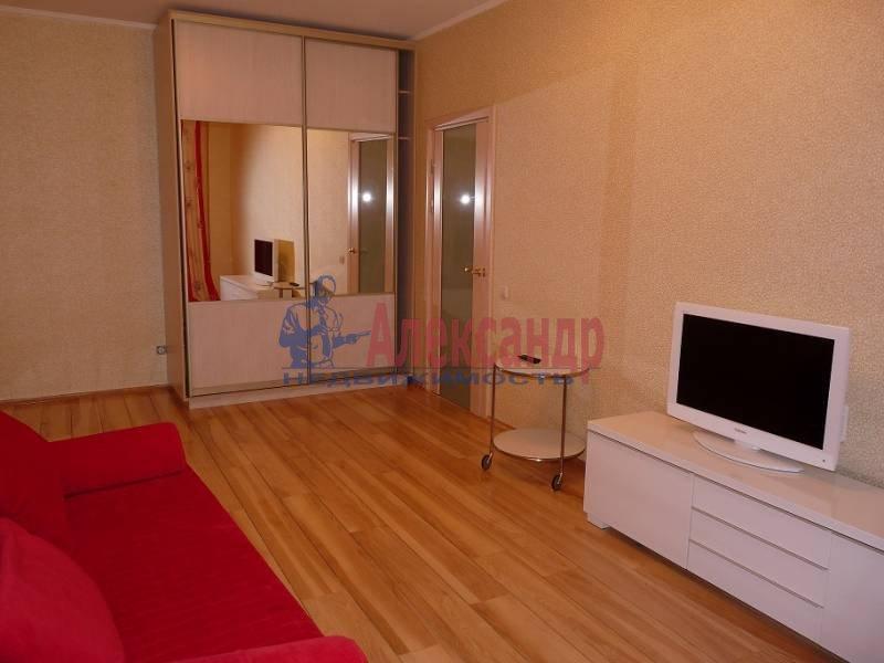 2-комнатная квартира (60м2) в аренду по адресу Коллонтай ул., 15— фото 2 из 6