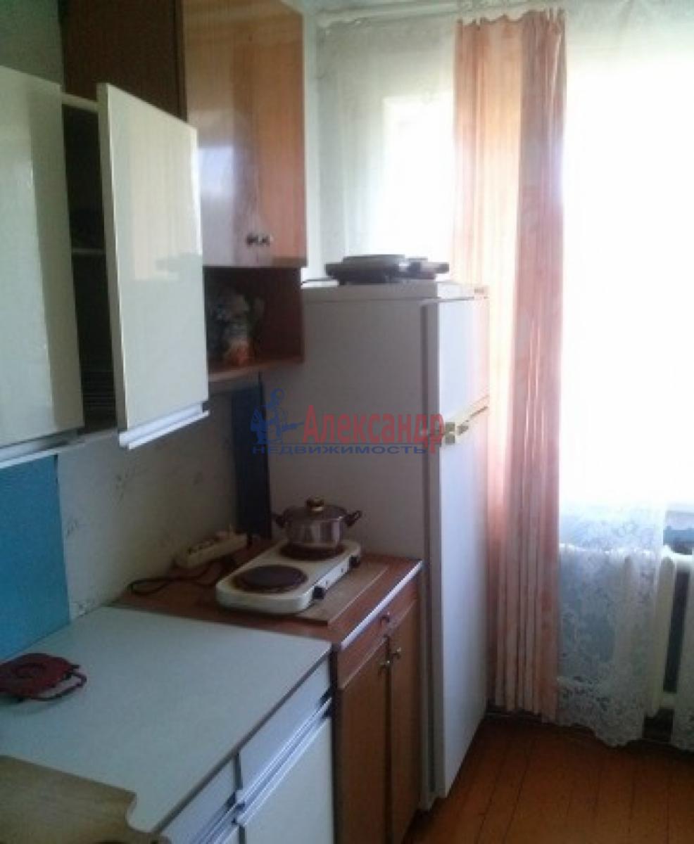 Комната в 3-комнатной квартире (58м2) в аренду по адресу Московский просп., 173— фото 3 из 4